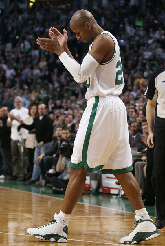 nba-feet-ray-allen-breaks-3-point-record-air-jordan-xiii-pe-3
