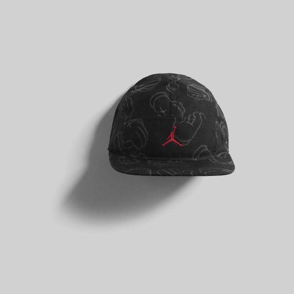 KAWS_CAP_1