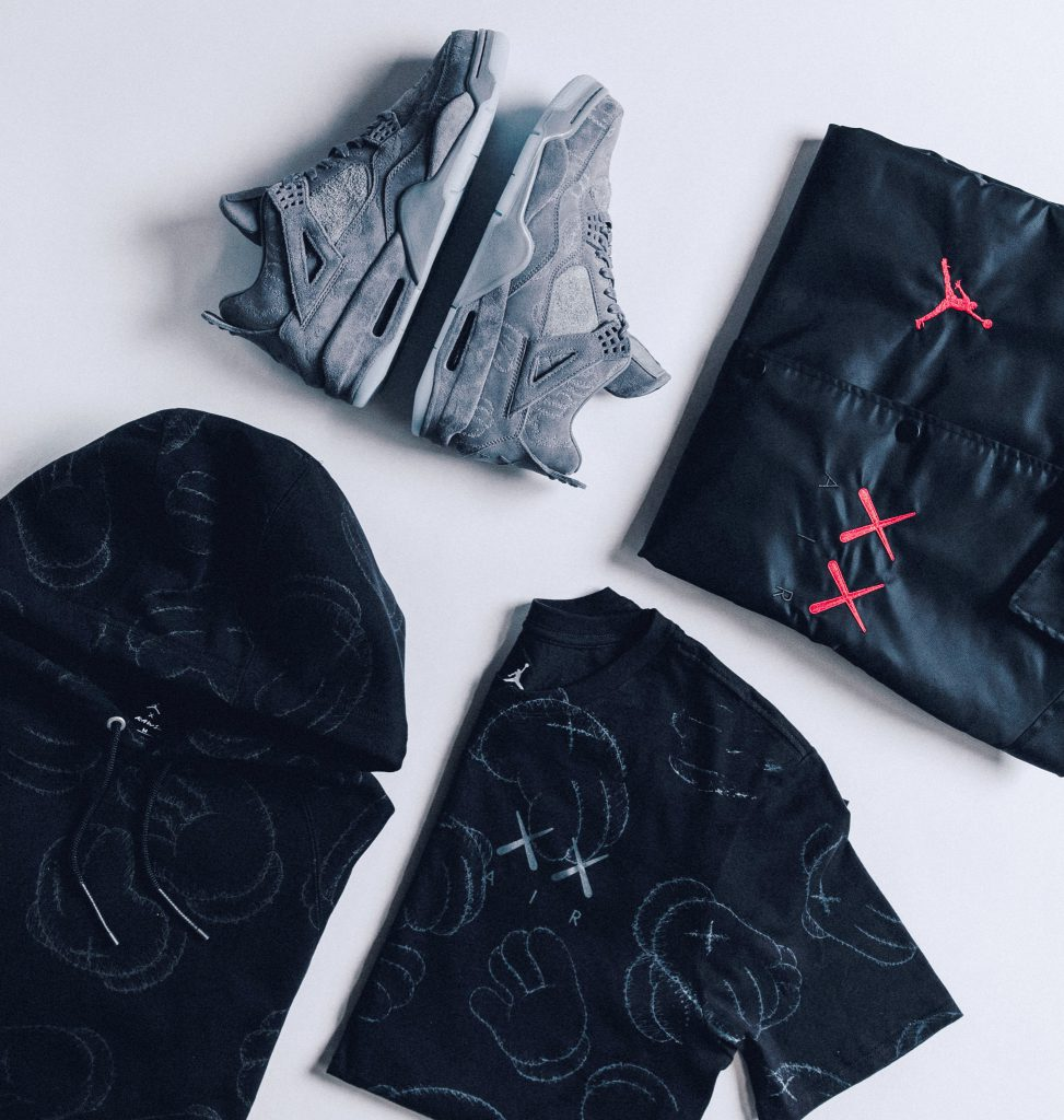 KAWS_COLLECTION_1